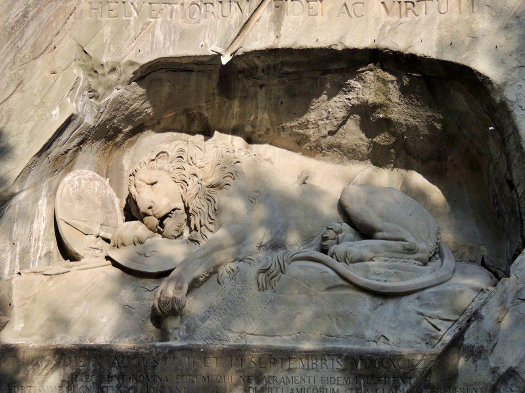 Löwendenkmal – Monumento do Leão de Lucerna