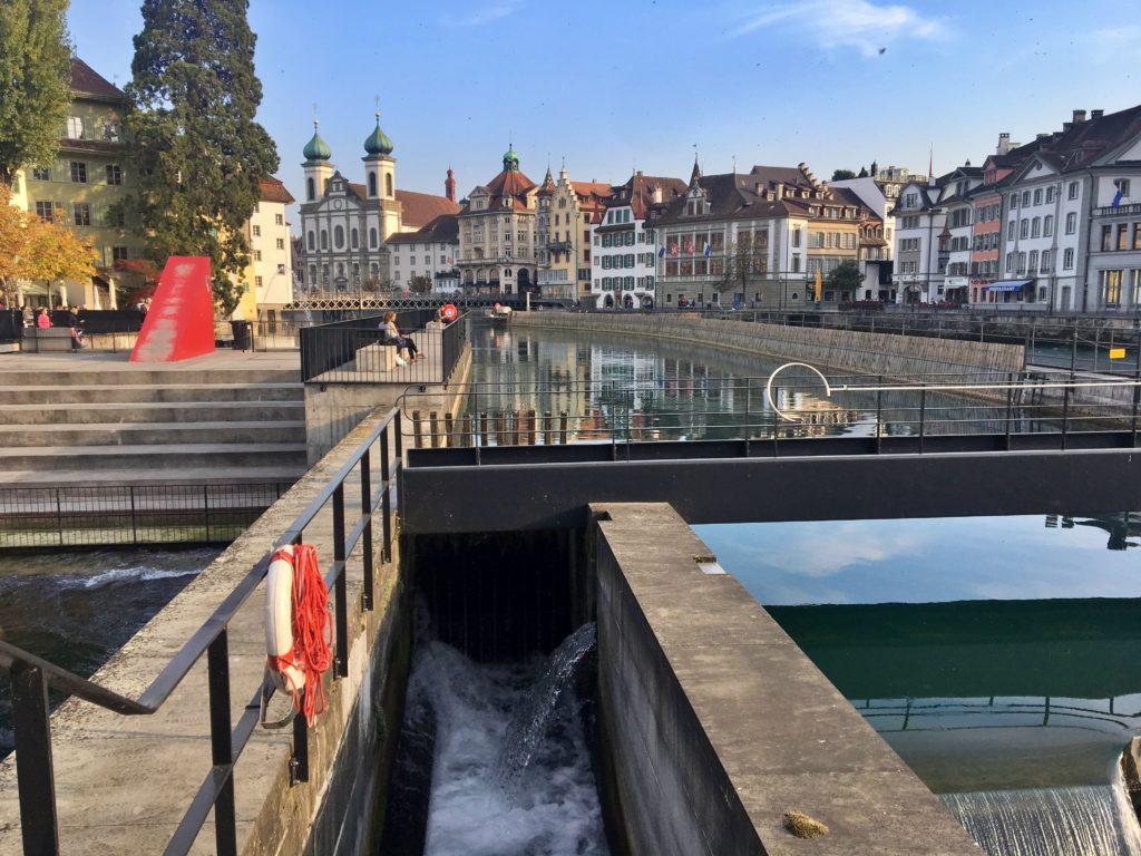 Barragem de Lucerna - Encontra-se bem no centro histórico