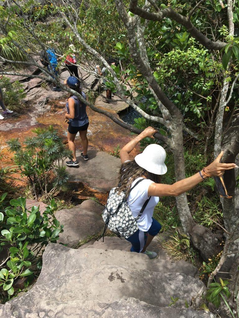 Trilha para Cachoeira de Águas Claras e Morrão