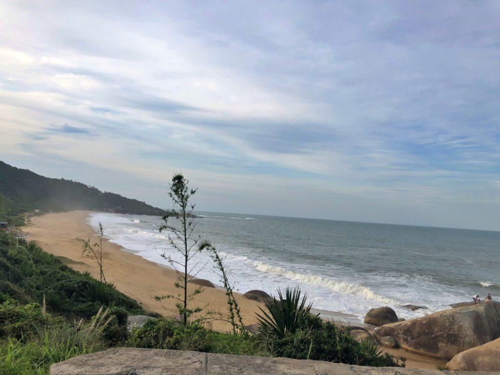 Praia-Taquarinhas-interpraias-Balneario-Camboriu