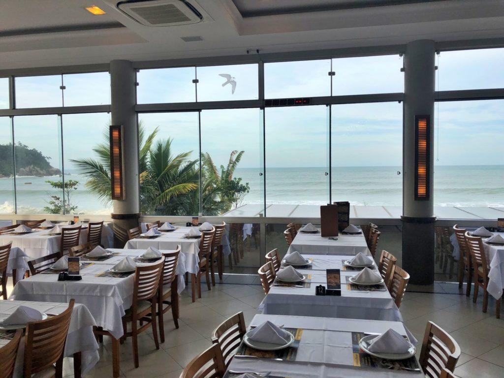 Restaurante do Fabio na Praia Ilhota em Itapema