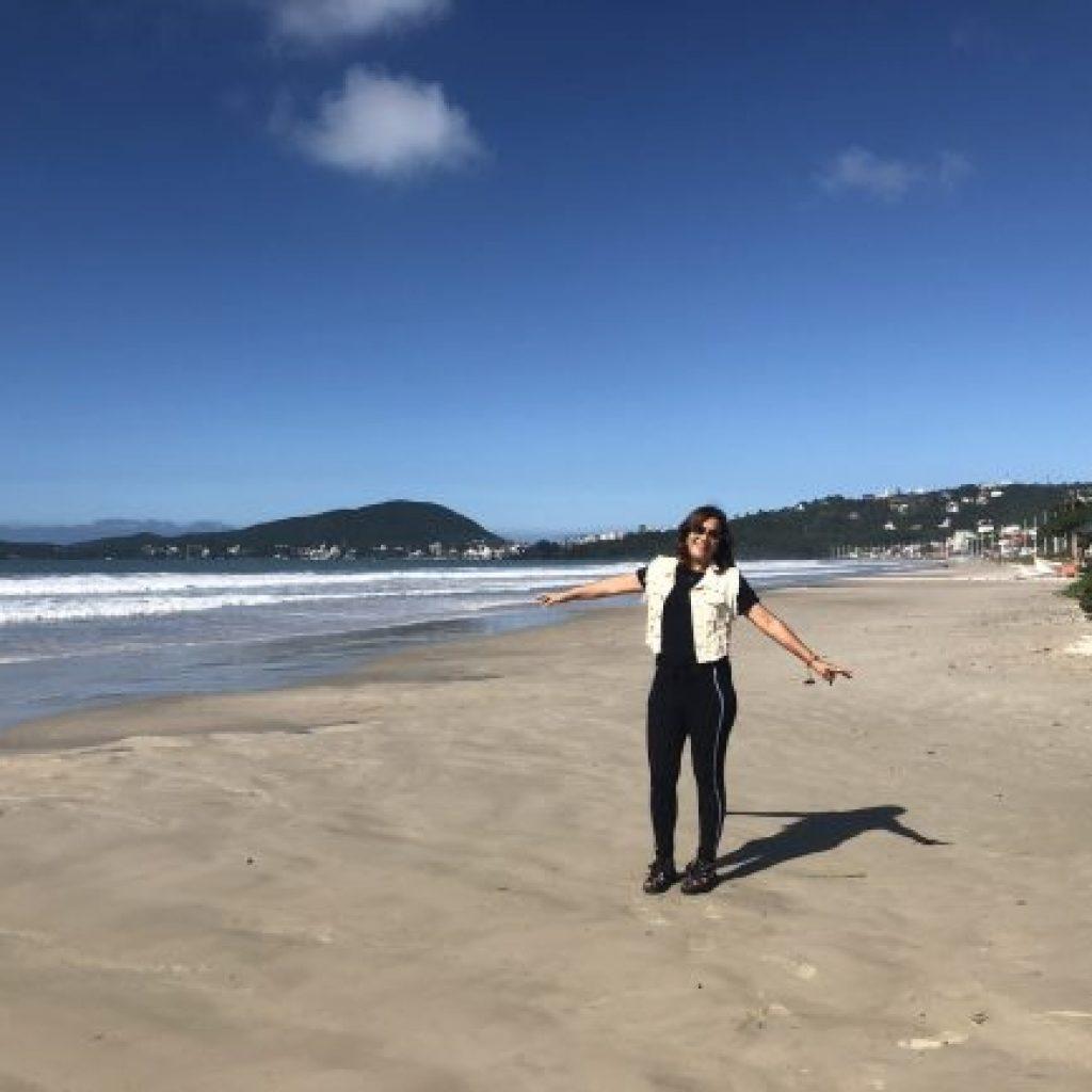 viajecomnorma-praia-de-bombinha-