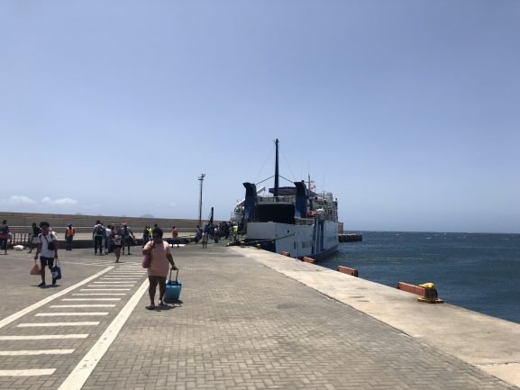 viajecomnorma-ferryboat-sao-vicente-santo-antao