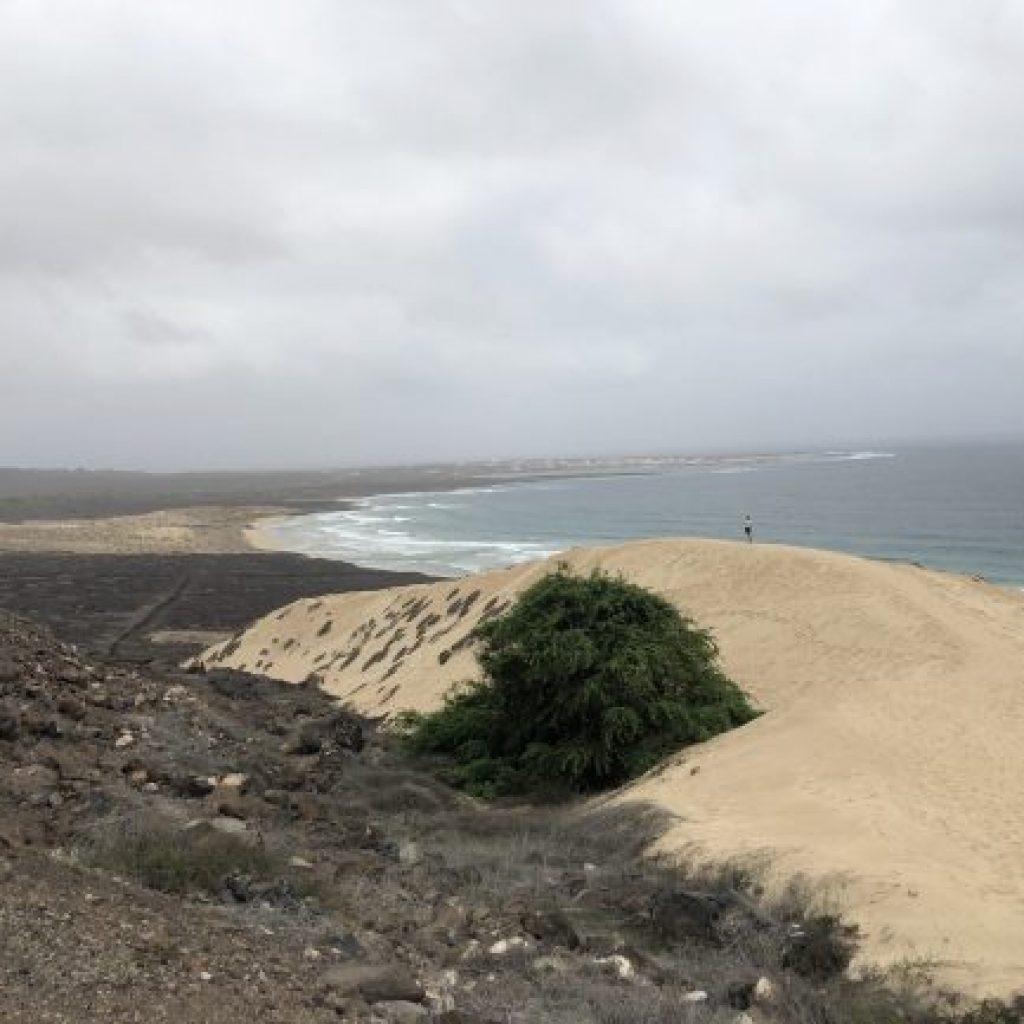 Explorando a Ilha de São Vicente - Praia Grande
