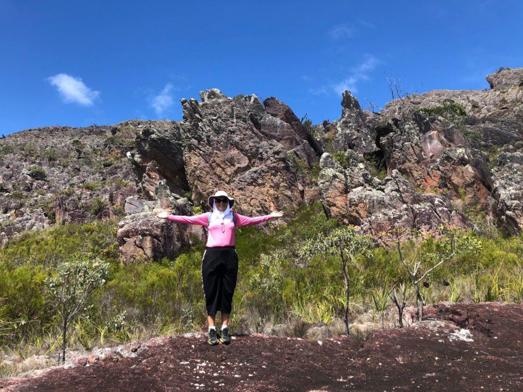 Formações rochosas na trilha para o Pico das Almas