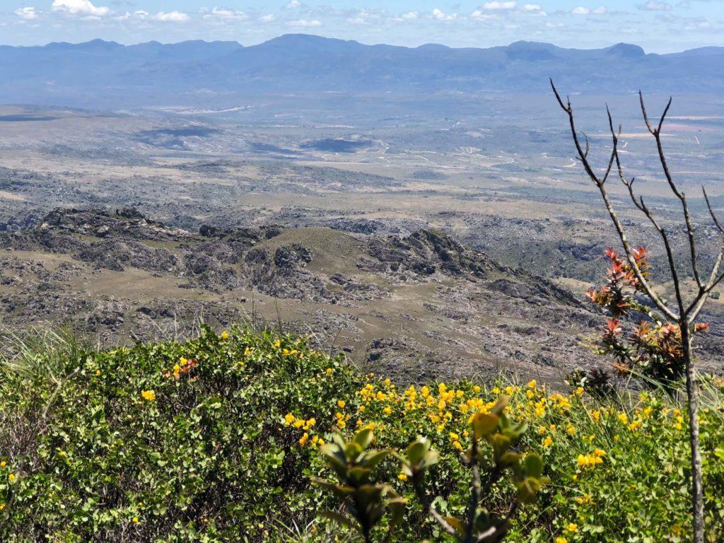 A imperdível vista do Pico das Almas