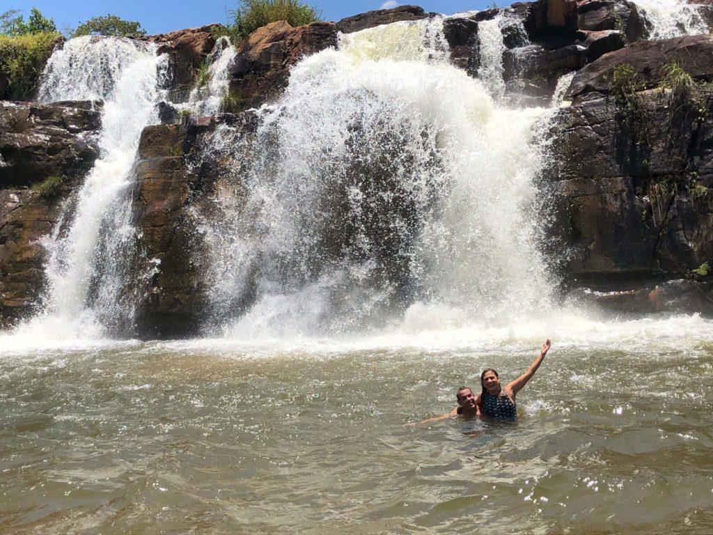banho-cachoeira-do-fraga