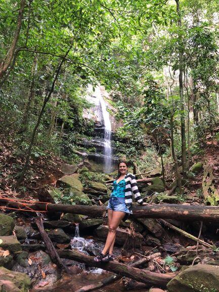 Cachoeira Escorrega Macaco - Uma cachoeira pequena, porém muito bonita, cercada de pedras bastante escorregadias