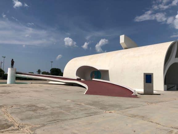 Memorial Coluna Prestes - A obra do arquiteto Oscar Niemeyer marca a passagem da Coluna Prestes pelo Tocantins nos anos de 1920 e 1930