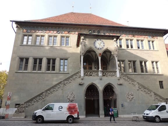 Prefeitura de Berna (Rathaus) - Os políticos locais se reúnem neste edifício gótico construído entre 1406 e 1415