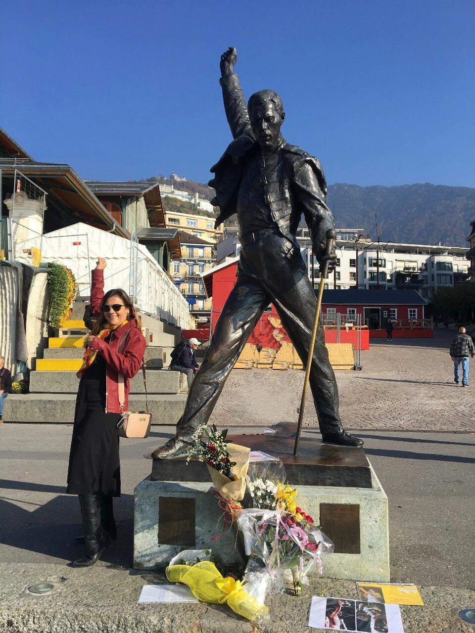 Montreux - Estátua em homenagem a Freddie Mercury na orla do Lago Léman