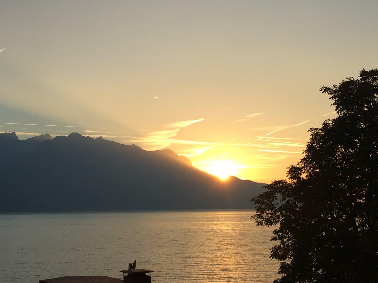 Montreux e seu belíssimo pôr do sol