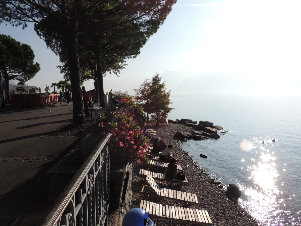 Montreux - também tem sua praia no Lago Léman