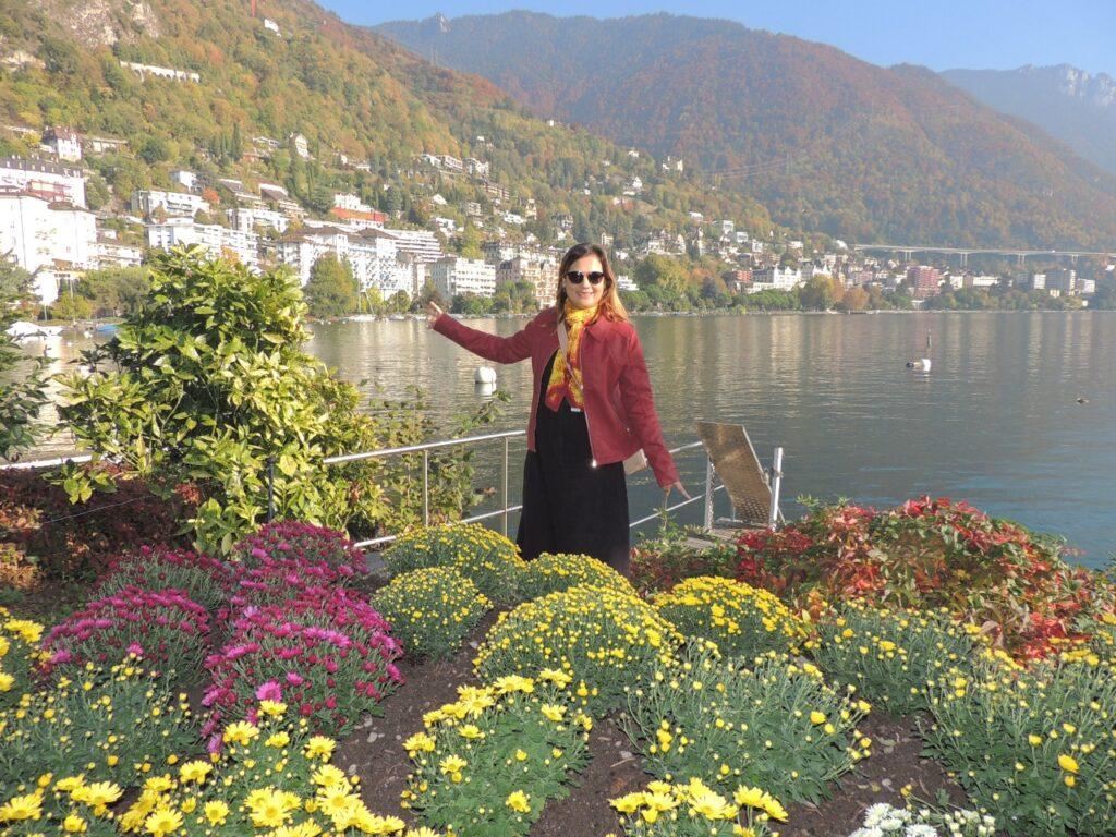 Montreux é uma cidade linda com seu lago e suas montanhas