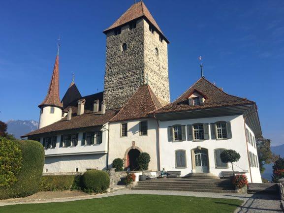 Castelo de Spiez - Com mais de 1.000 anos de história, é possível conhecer o seu interior