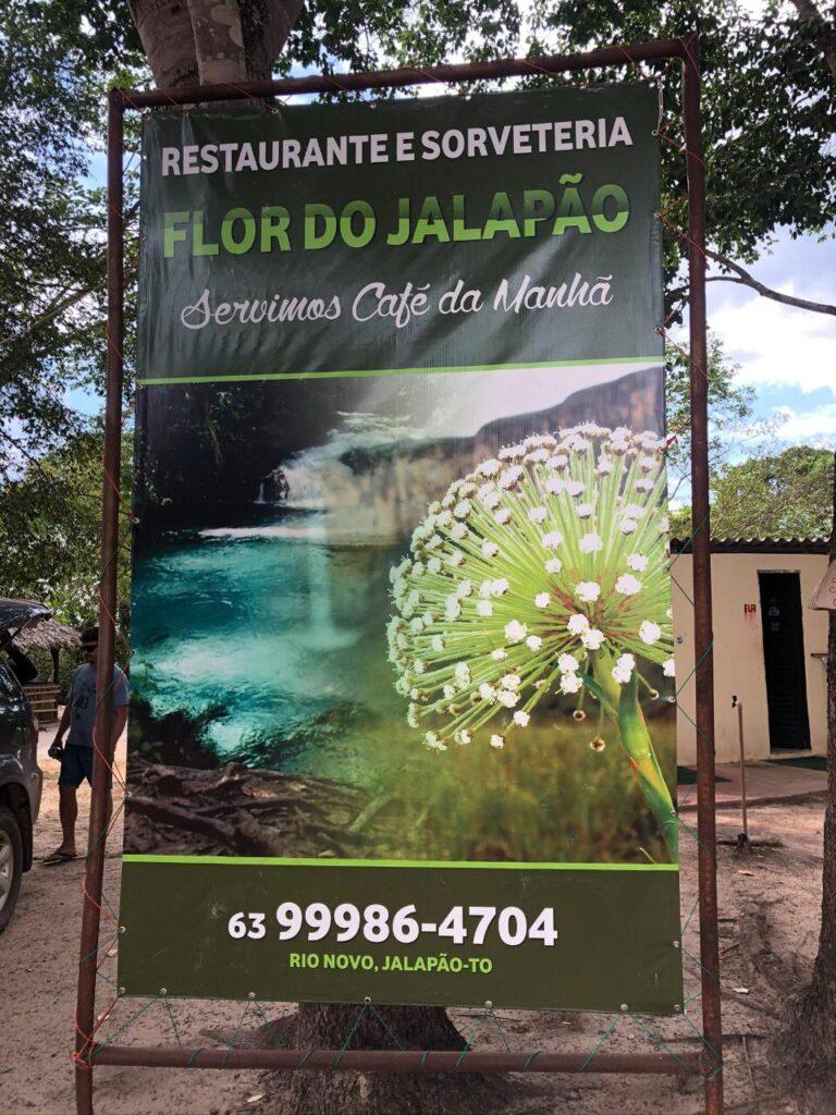Parada no Restaurante e Sorveteria Flor do Jalapão