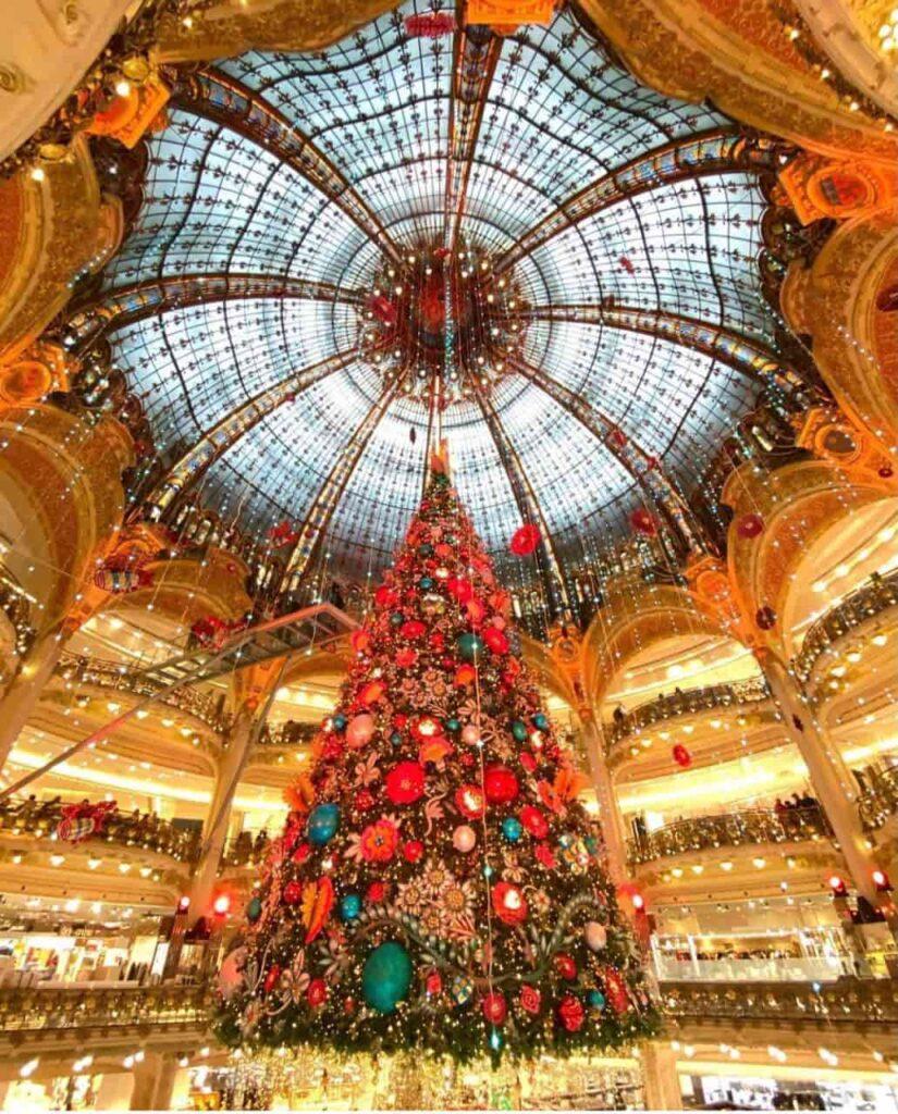 Dez cidades para se aproveitar o Natal pelo mundo - Paris