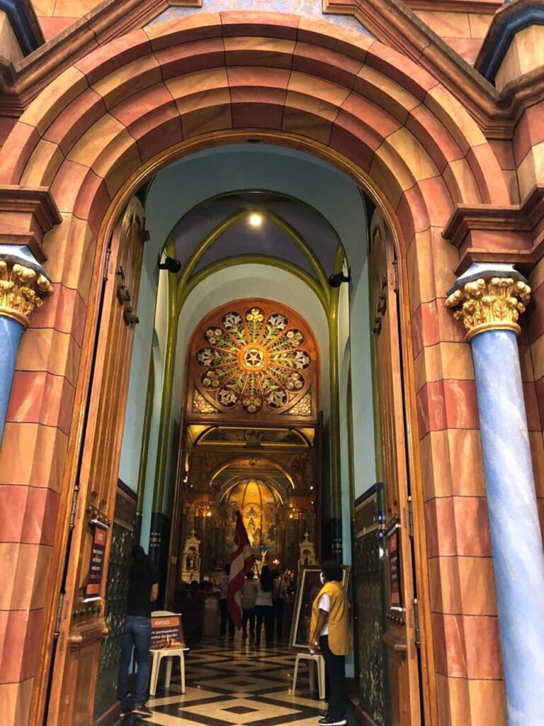 Arquitetura da Igreja São José em BH
