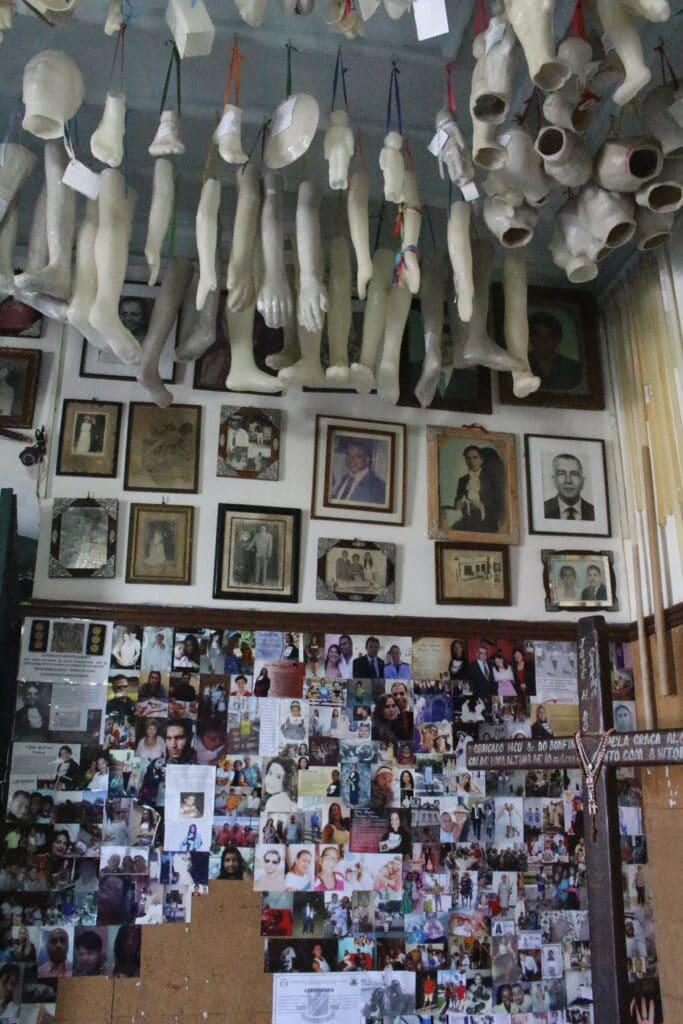 Igreja do Bonfim, um local de fé e agradecimento em Salvador Bahia - Sala dos Milagres