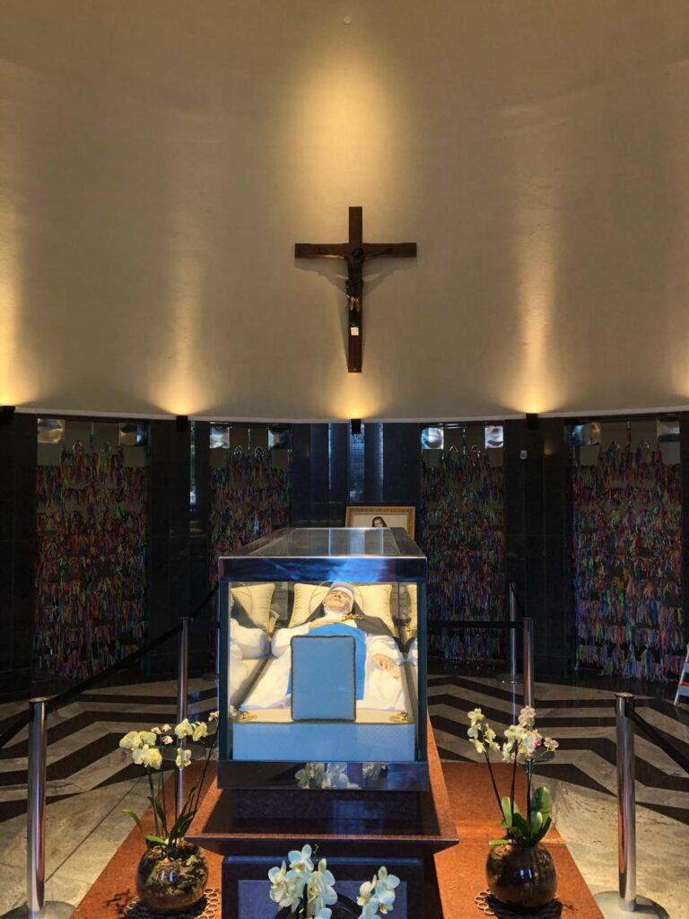 Irmã Dulce: Memorial e Santuário Santa Dulce dos Pobres - Relíquias (onde está guardados os restos mortais de Irmã Dulce)