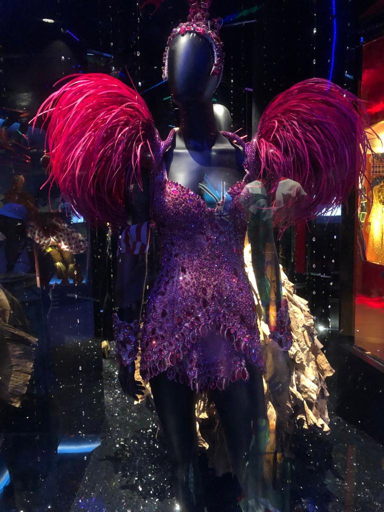Casa do Carnaval em Salvador Bahia é Museu da folia baiana - O acervo de roupas cedidos por artistas