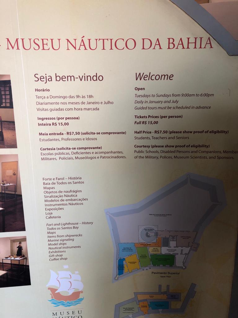 O Museu Náutico da Bahia fica localizado no For te Santo Antônio da Barra em Salvador Ba