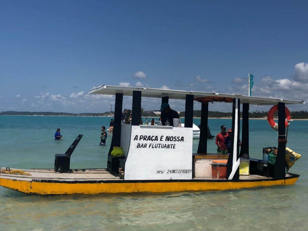 Maragogi Alagoas - O Caribe Brasileiro fica no Nordeste - Piscinas naturais de Barra Grande
