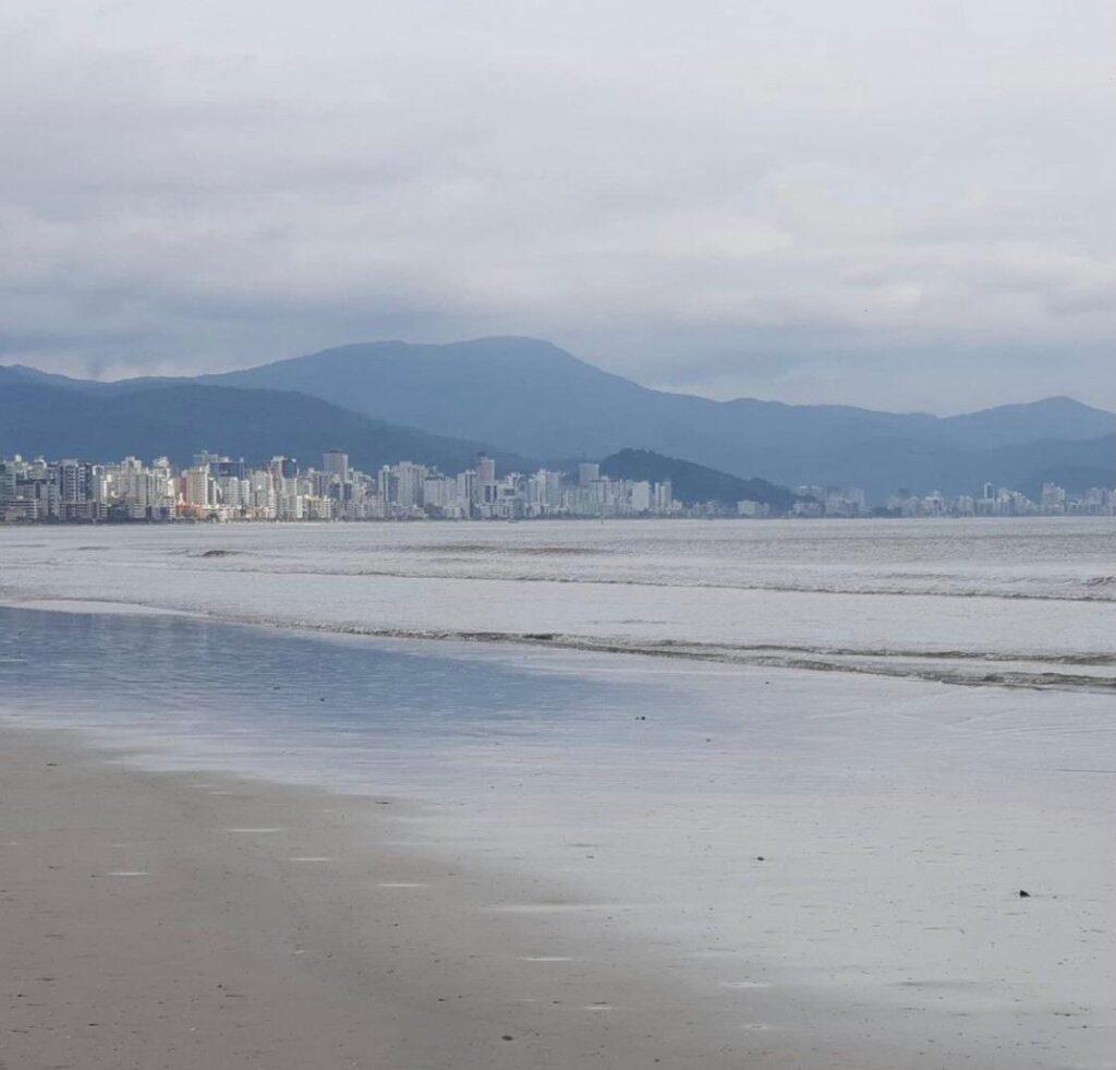 Porto Belo SC e sua belas praias na Costa Esmeralda - Praia de Perequê